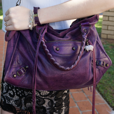 67223eee317 violet balenciaga city bag