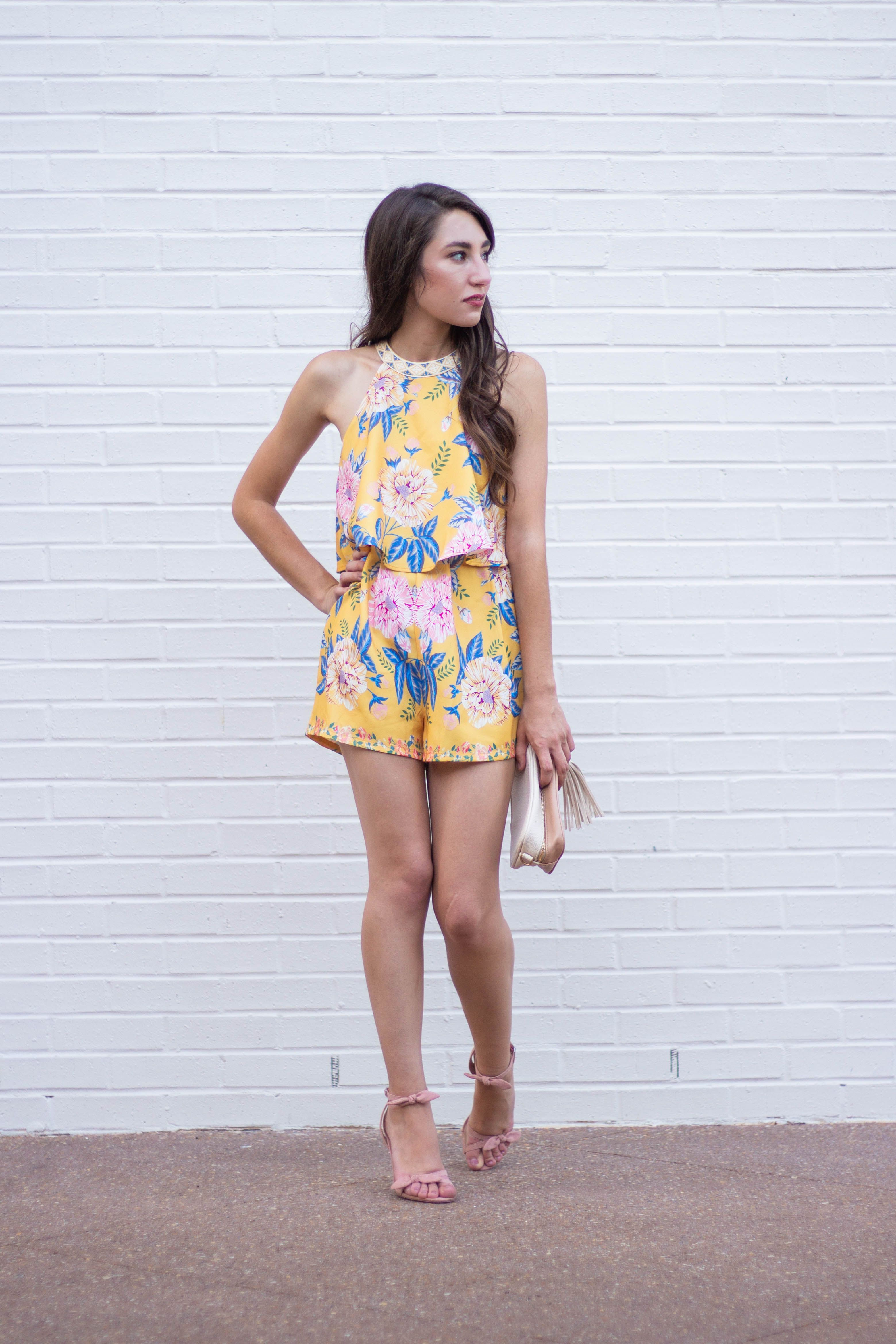 b7d988e67b9 Moo s Musing TBSCon Welcome Party francescas tie back romper Francescas  yellow romper  tbscon the blog societies conference blogging tips and  tricks 10 ...