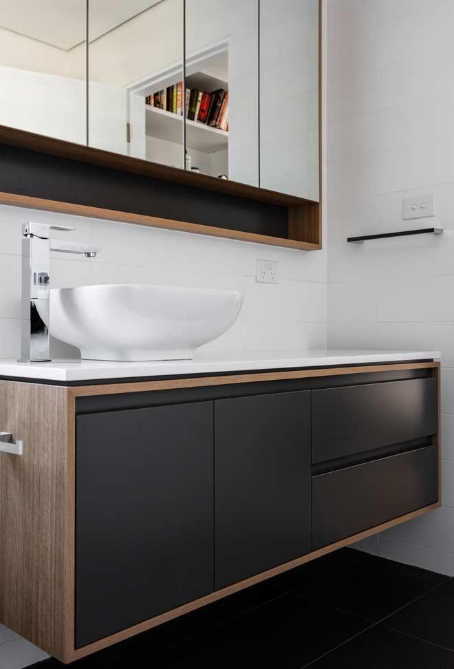 Badezimmerschrank 65 Tipps Zum Organisieren Und Dekorieren In