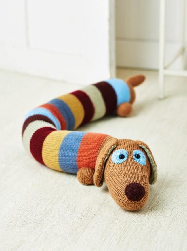 Sausage Dog FREE knitting pattern