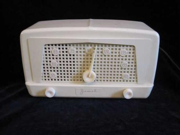 Jewel Radio Company of Canada model # 960 - open dial painted mantle radio