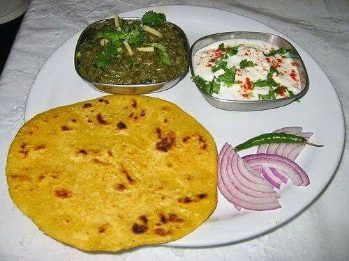 lunch pakistan Punjab pure makkai roti saag