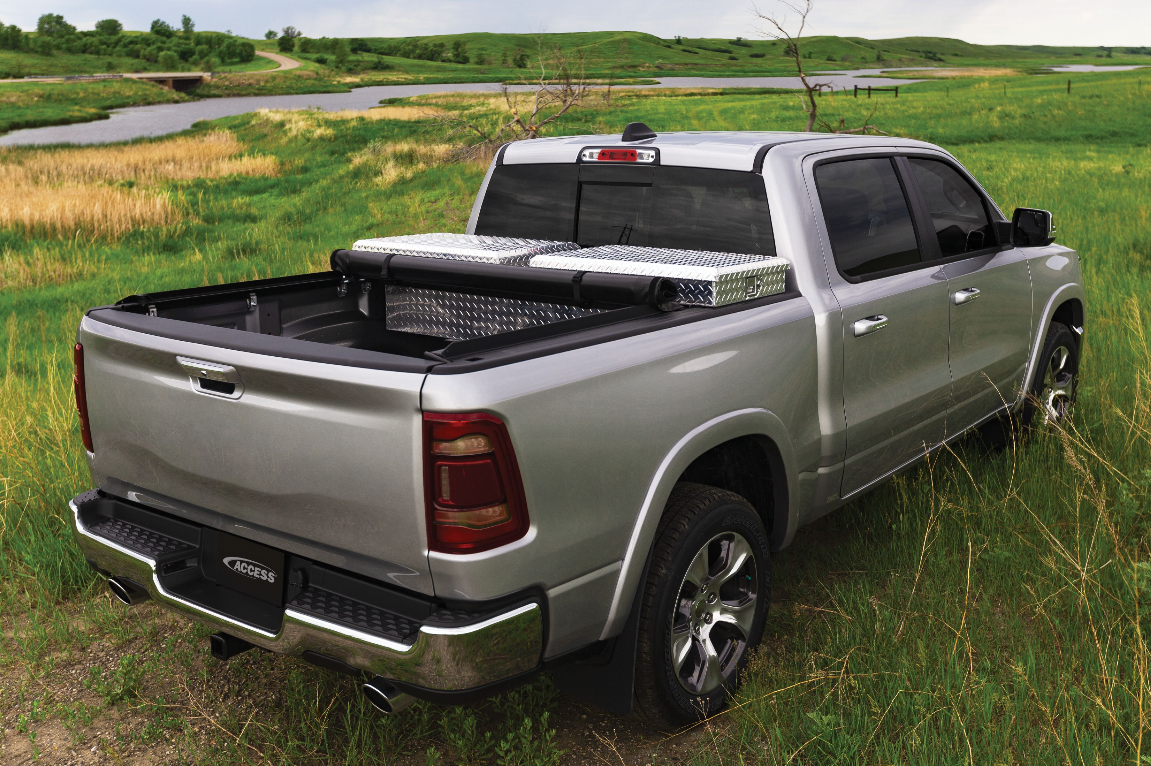 A working man's tonneau. ACCESS Toolbox RollUp Cover