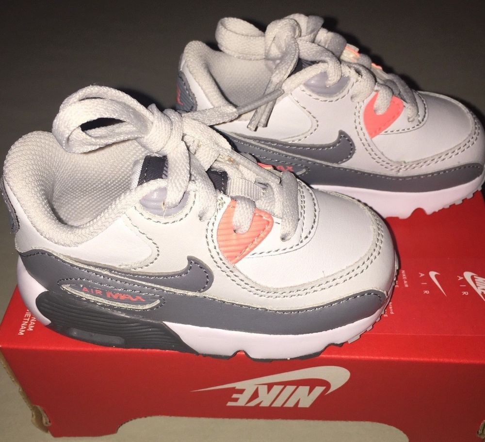987b7662a826f Baby Girls Nike Air Max 90 Running Shoes size 5 C NIB Gray Salmon Pink  White