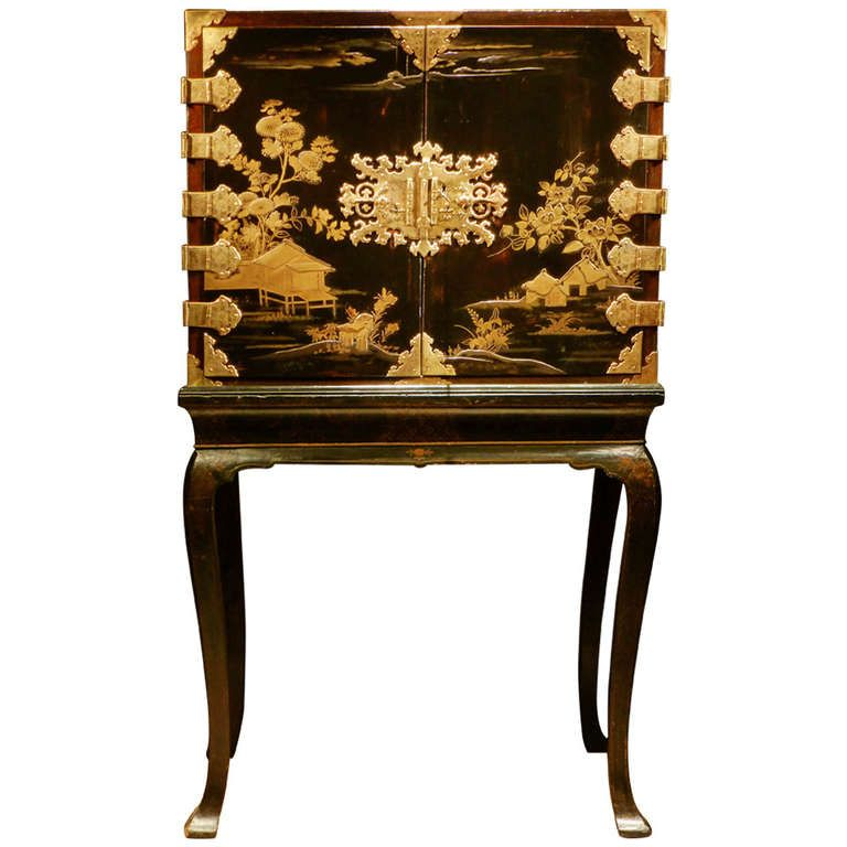 A Japanese Lacquer Cabinet - A Japanese Lacquer Cabinet Modern Cabinets, Furniture Storage