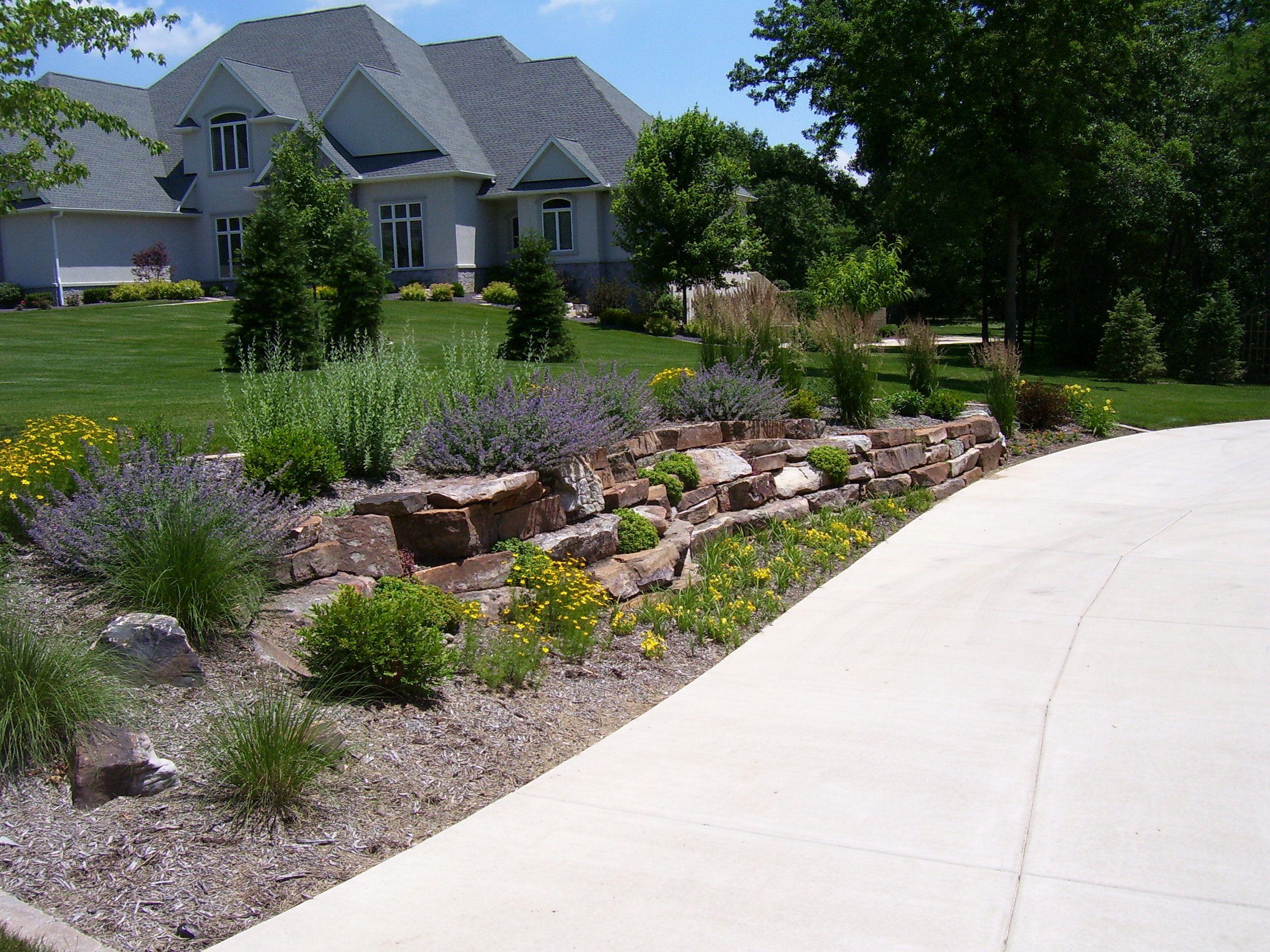driveway landscaping circle