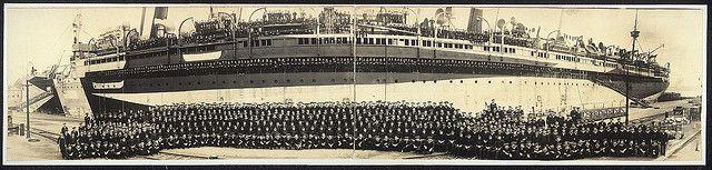 Officers and crew, U.S.S. Mount Vernon, October 30, 1918 (LOC)