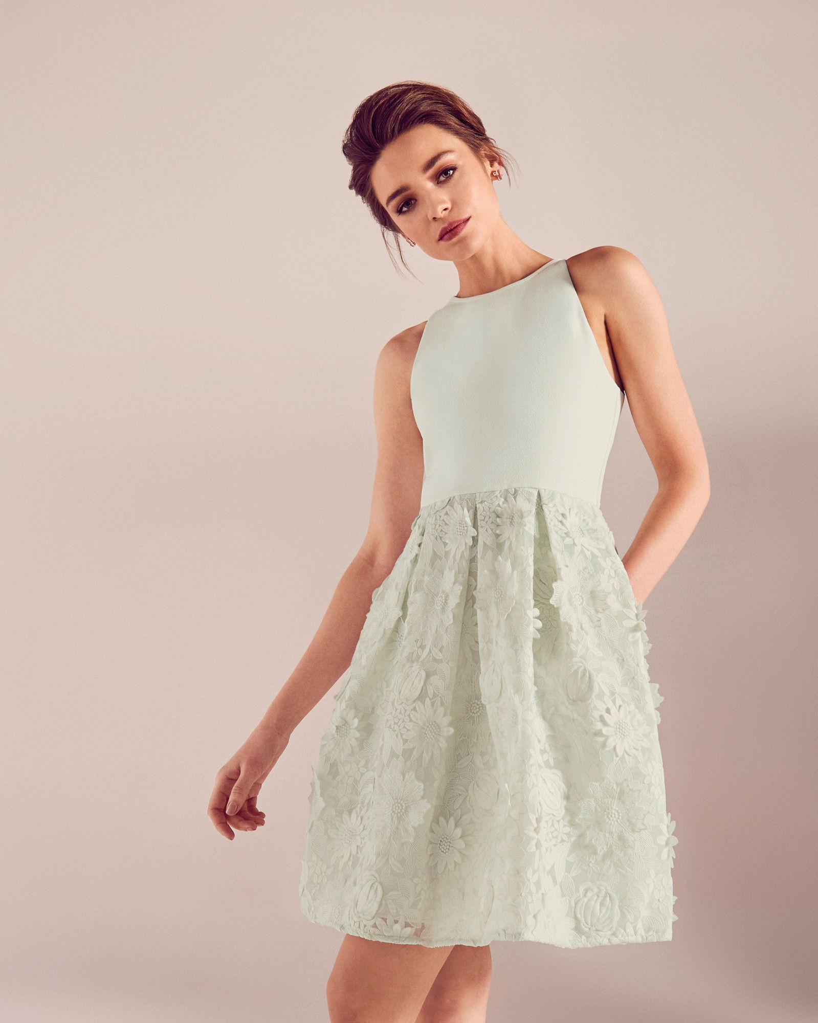 f9b66778b8dfe Embroidered floral lace dress - Light Green