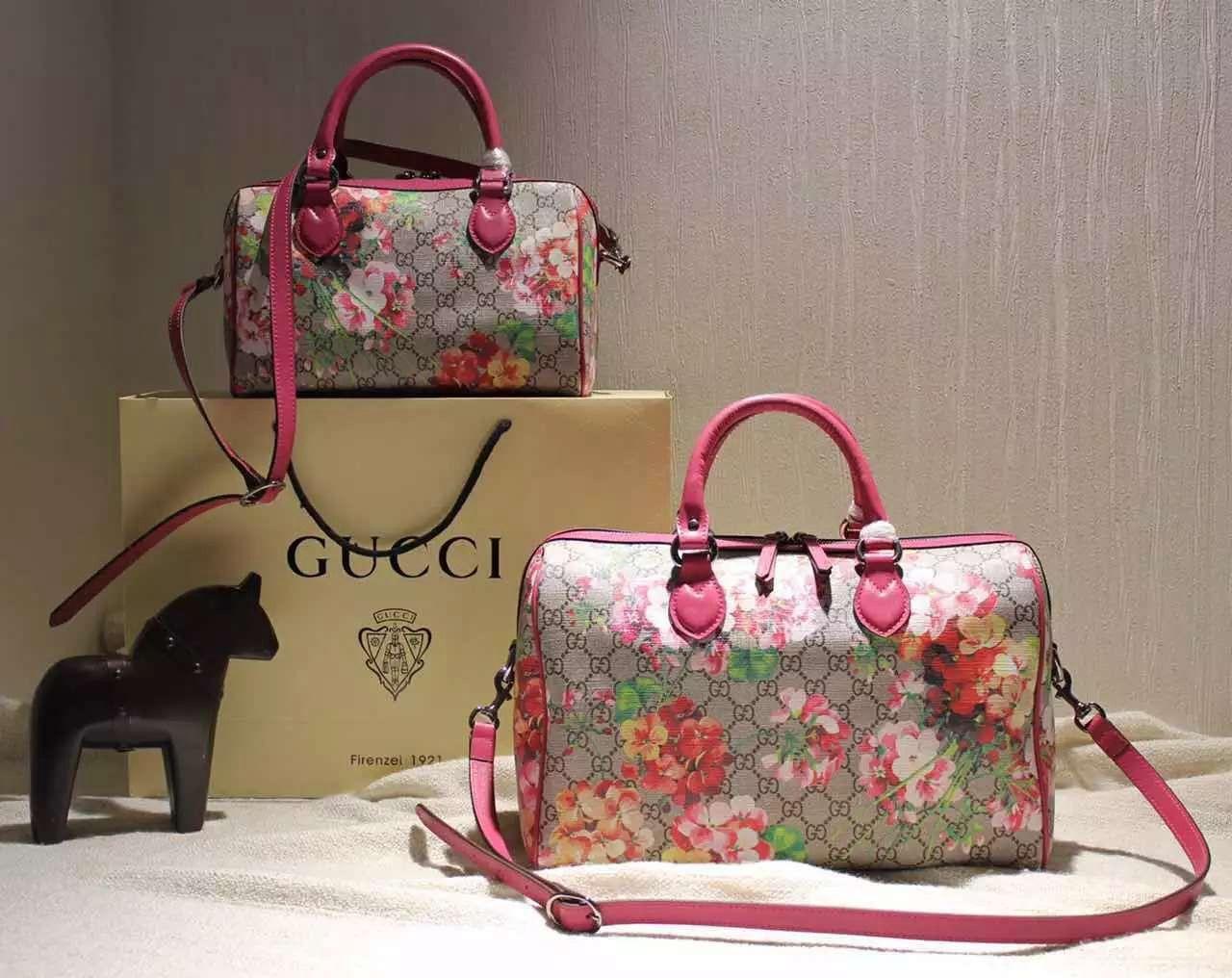 7dab58302c9 Gucci Small Blooms GG Supreme Top Handle Bag Fall 2015