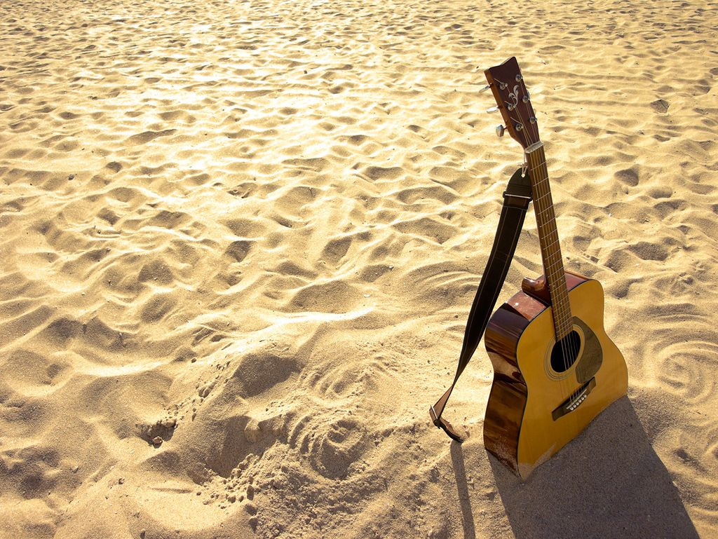 Beach Chilling | Fotografia de otros | Pinterest | Guitars, Playing ...