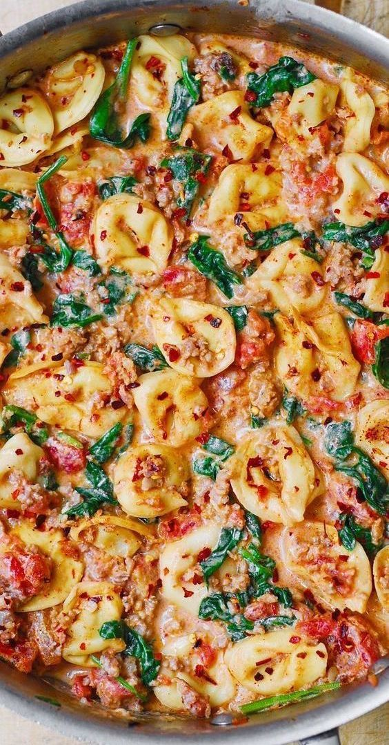 Sausage Tortellini with Spinach, Tomatoes and Mozz