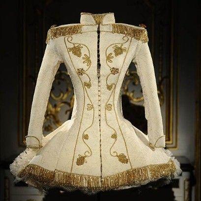 A design by current Worth designer, Giovanni Bedin, presented at Paris Haute Couture, autumn/winter 2010