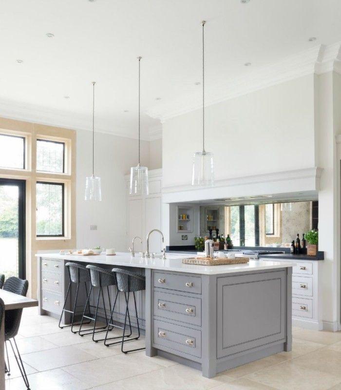 White Kitchen Cabinets Large Island: Luxury Bespoke Kitchen