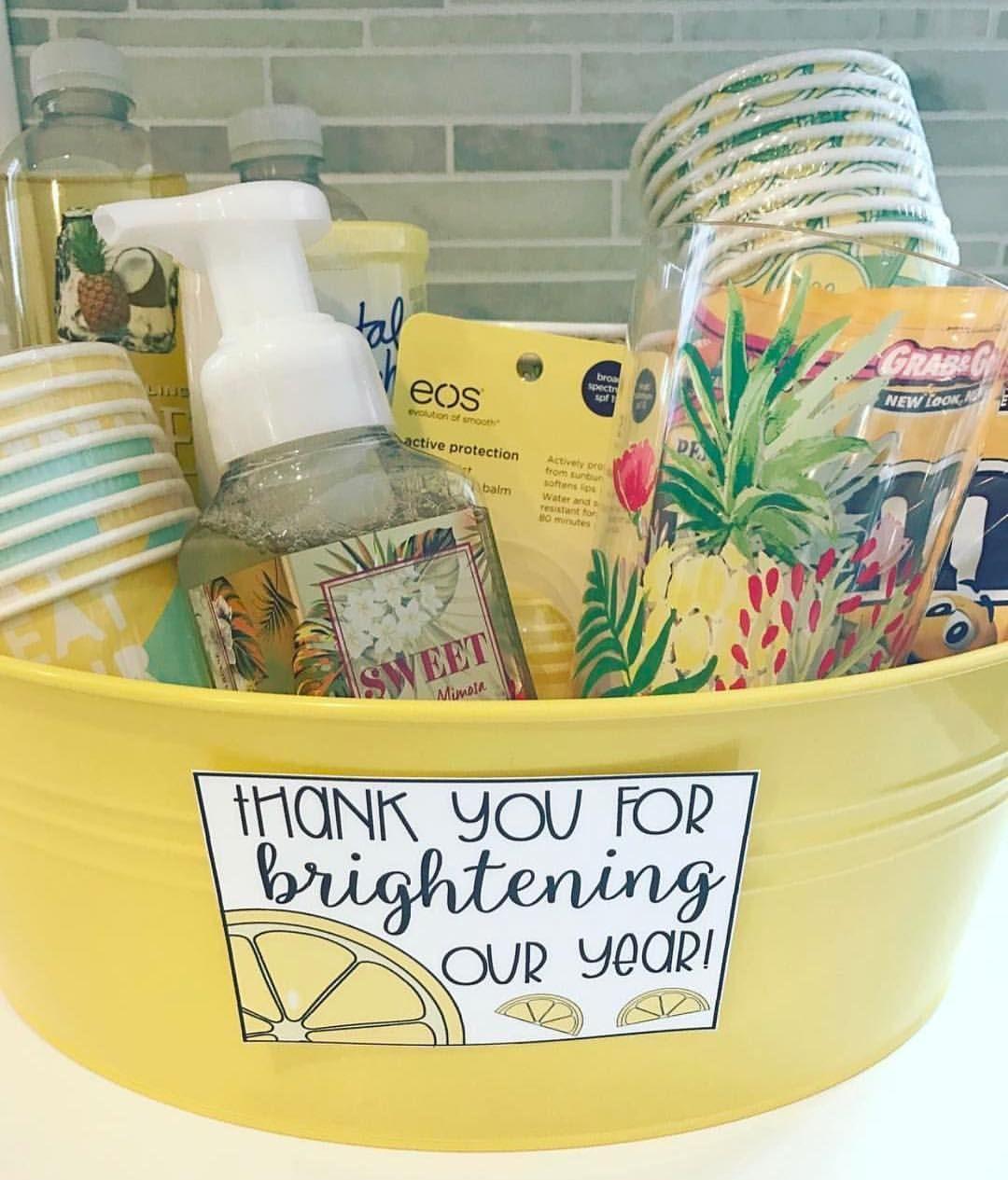 Adorable Gift For Parentsvolunteers Meet The Parents Pinterest