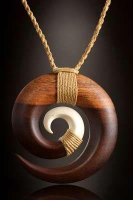 Samoa Symbol Schmuck Kreislauf des Lebens aus Holz und Knochen