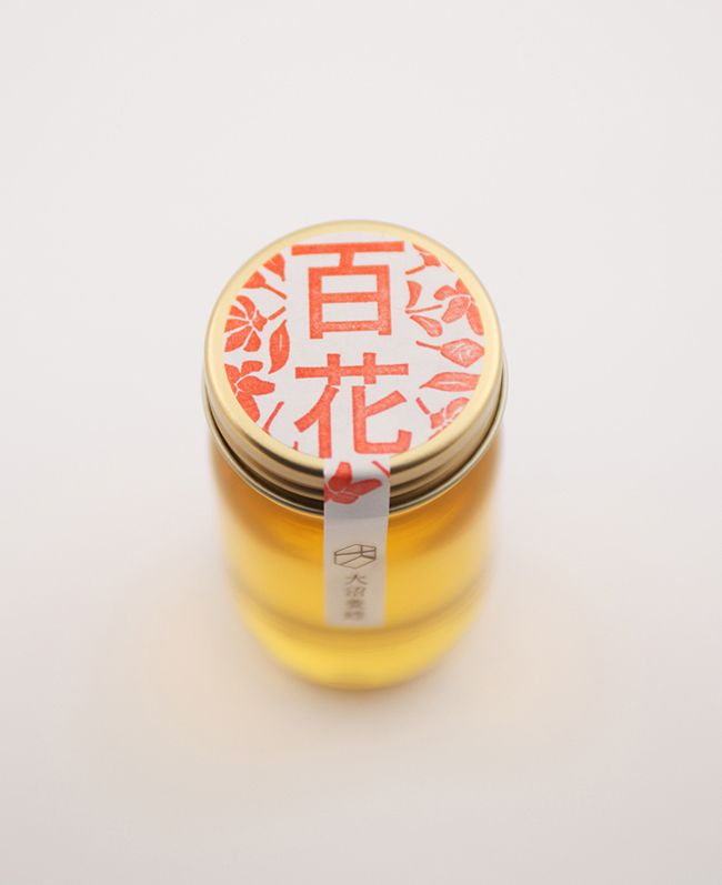 Copyright © 2009 akaoni Design  大沼養蜂  ONUMA HONEY [2009 Yamagata]  Logo / Packege / Web  Art Direction & Design : Motoki Koitabashi  Web Site Coding : Eriko Abe