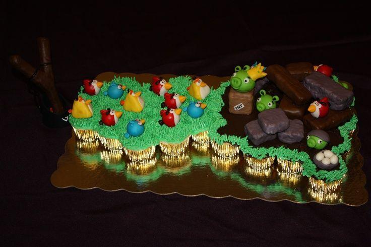 Angry Bird Cupcake-Cake — Cupcake Cakes