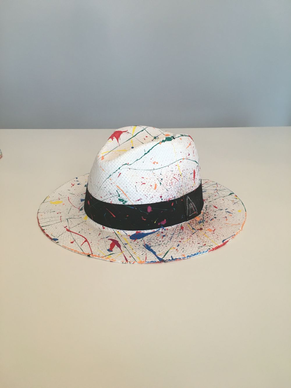 b4386633226 Hand painted panama hat | Textil | Sombreros de paja, Sombreros ...