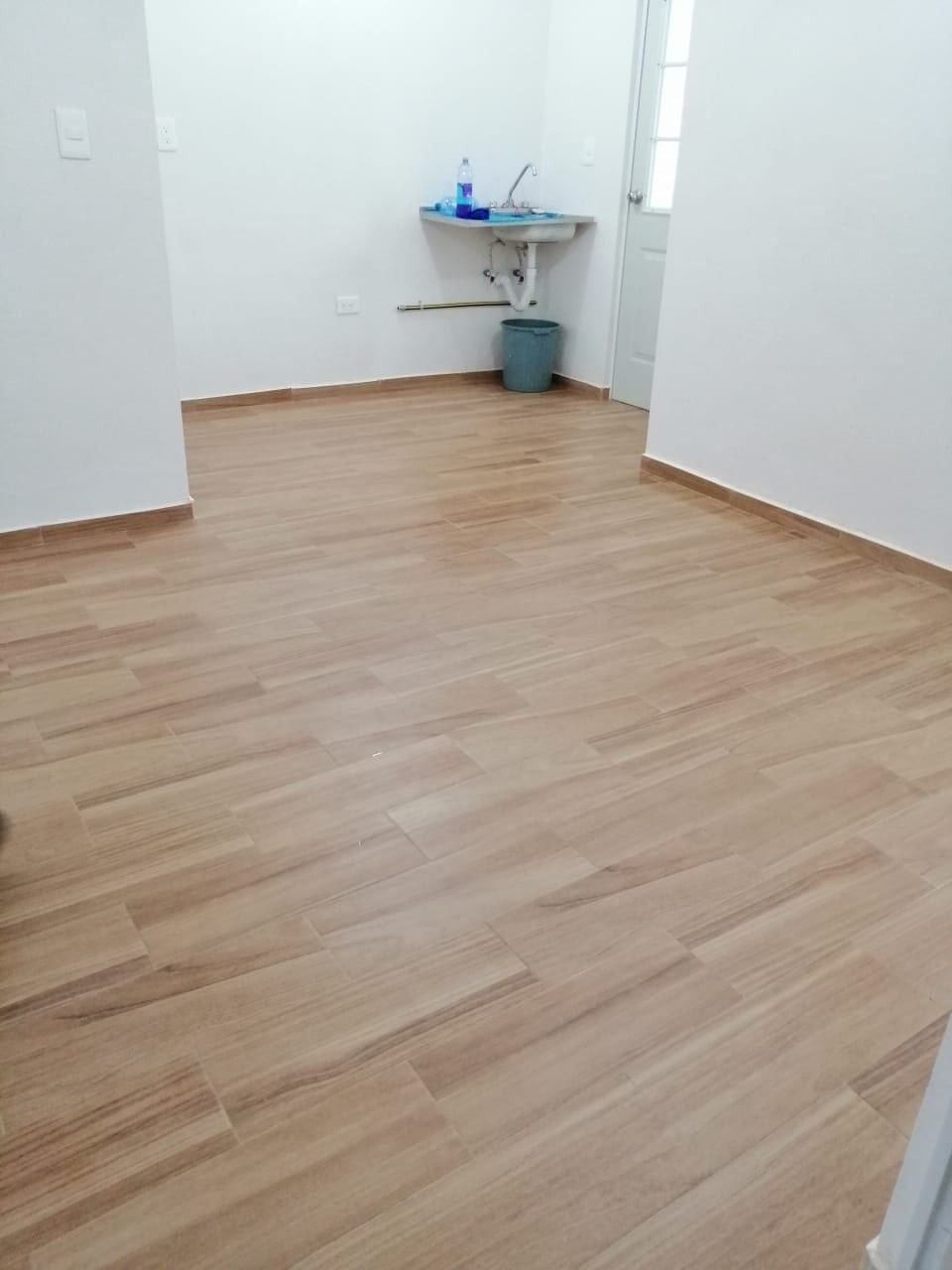 Interior Piso tipo madera, Piso interiores, Pisos