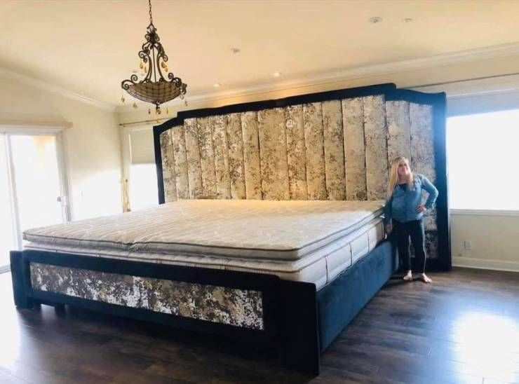Enjoy A Batch Of Funny Weird And Random Pics 41 Images Double King Size Bed King Size Bed Master Bedrooms Bed King size bed with mattress included