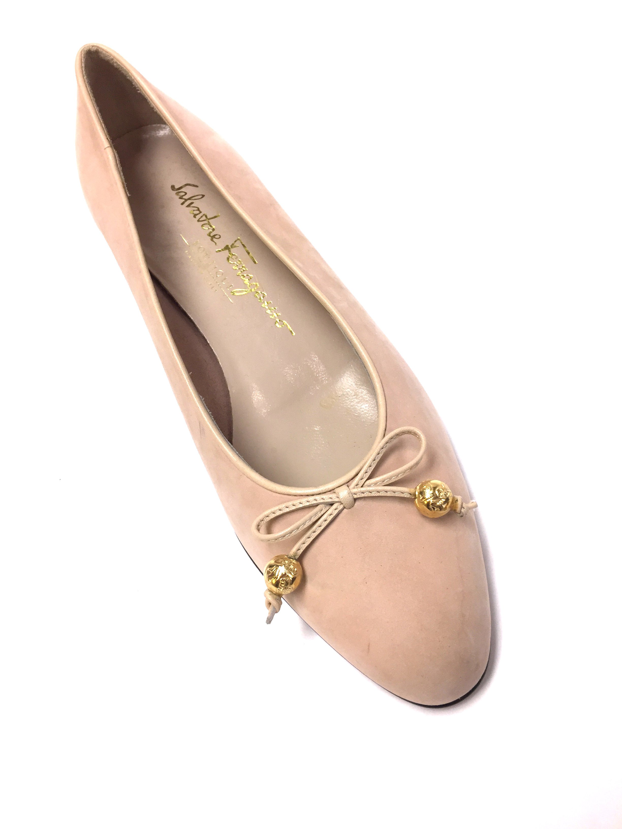 b91feef464a6 SALVATORE FERRAGAMO Blush-Pink Suede Ballet Flats Shoes Size  6.5M ...