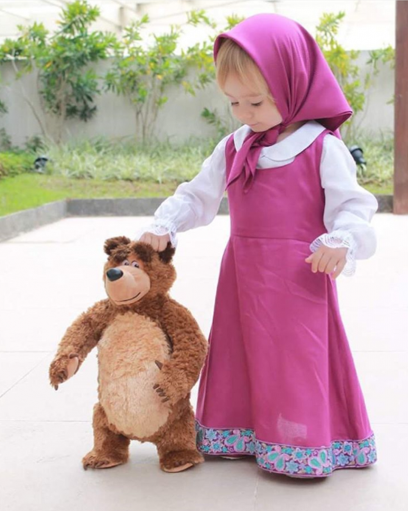 Pin de Melissa Aida en Masha y el oso  d4e4ad6a6f1