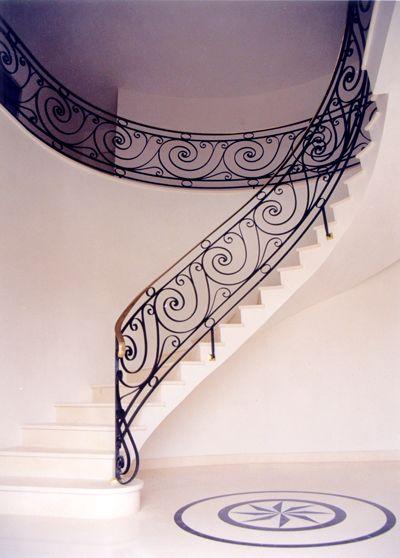 Rampe d 39 escalier en fer forg escalier pinterest for Rampe d escalier exterieur en fer forge