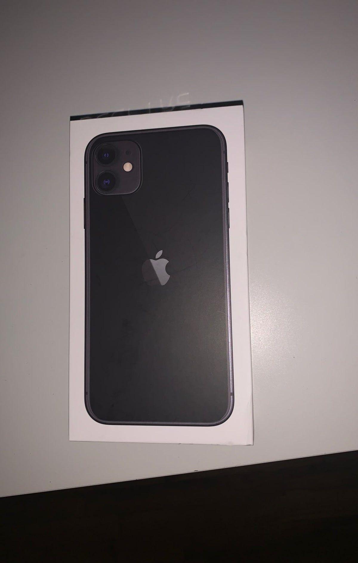 Iphone 11 Black 64 Gb Box In 2021 Iphone 11 Iphone Apple Smartphone