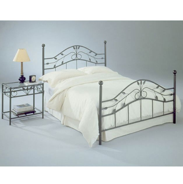 Sycamore Iron Bed With Leaf Accents Bed Styling Bed Frame And Headboard Bed
