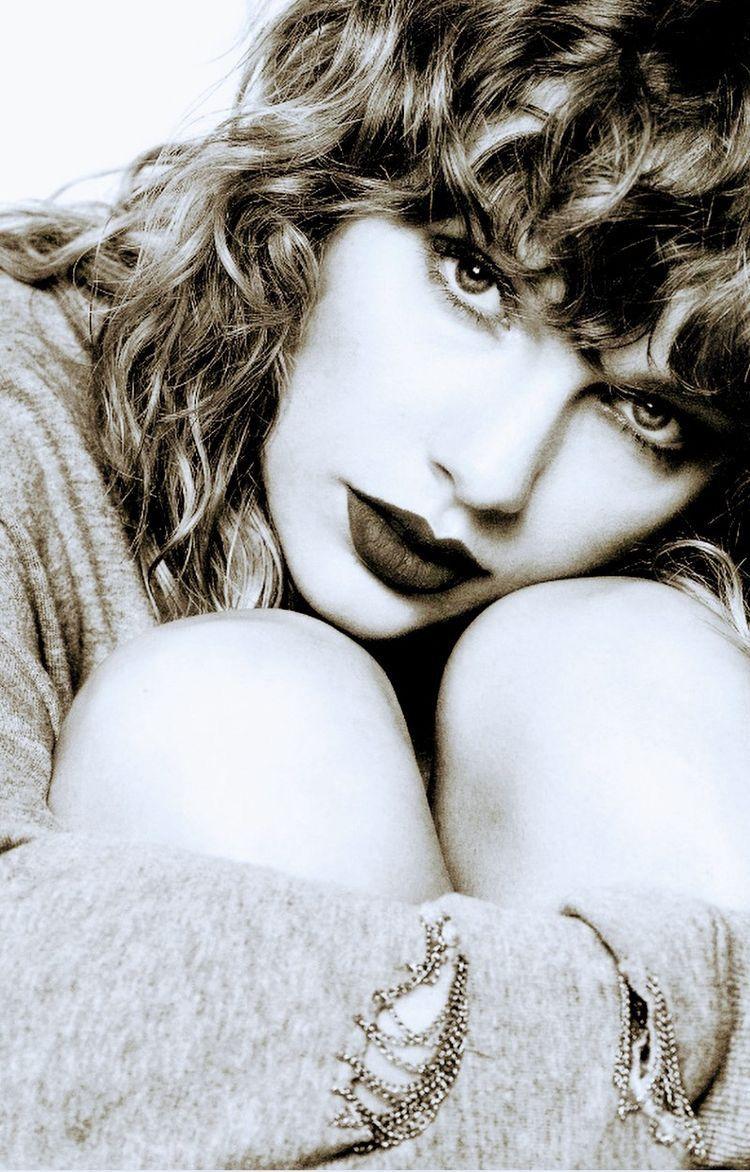 「Taylor Swift iPhone Wallpapers」おしゃれまとめの人気アイデア Pinterest