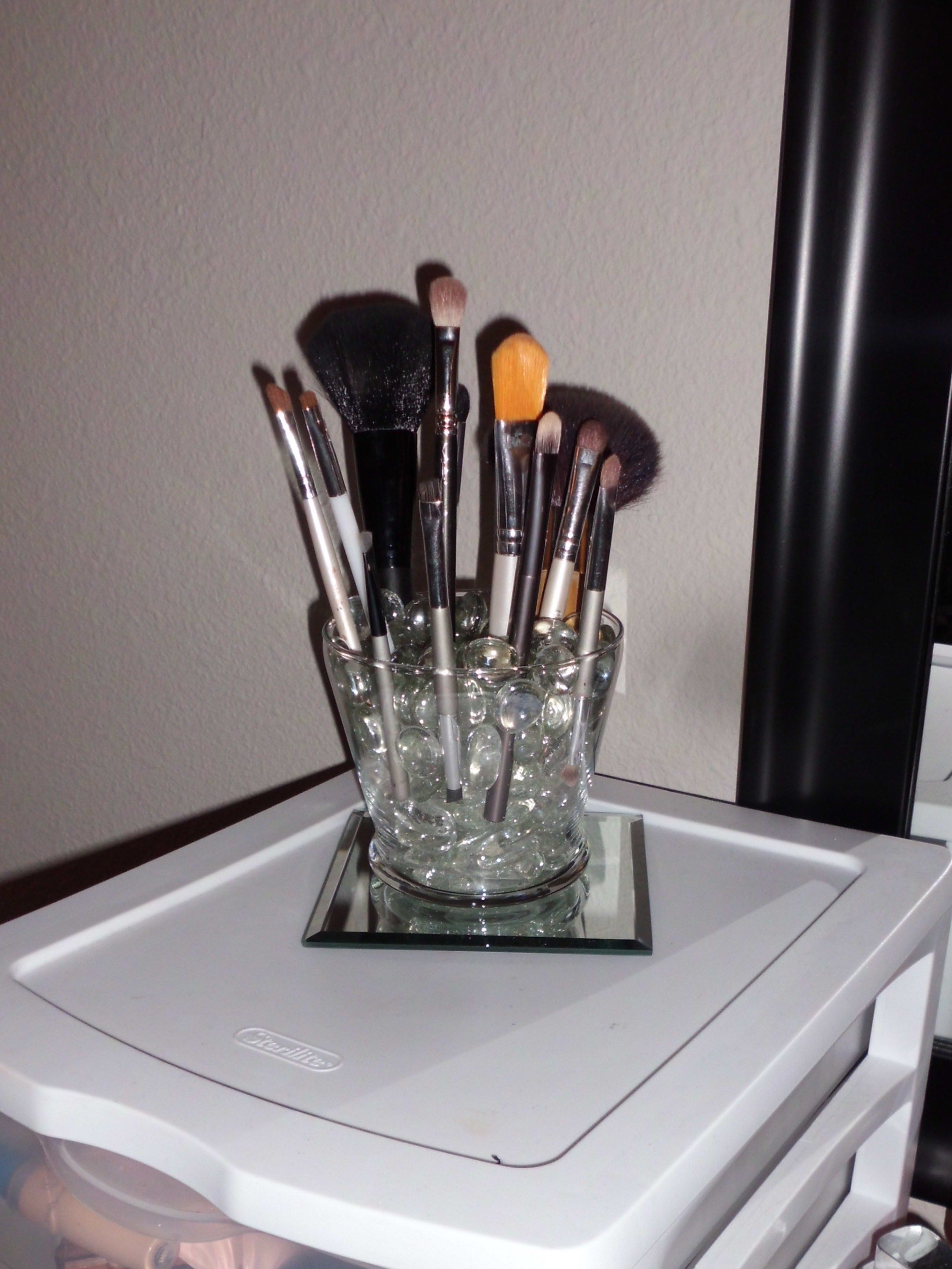 Makeup brush holder with glass marble pieces. So easy and