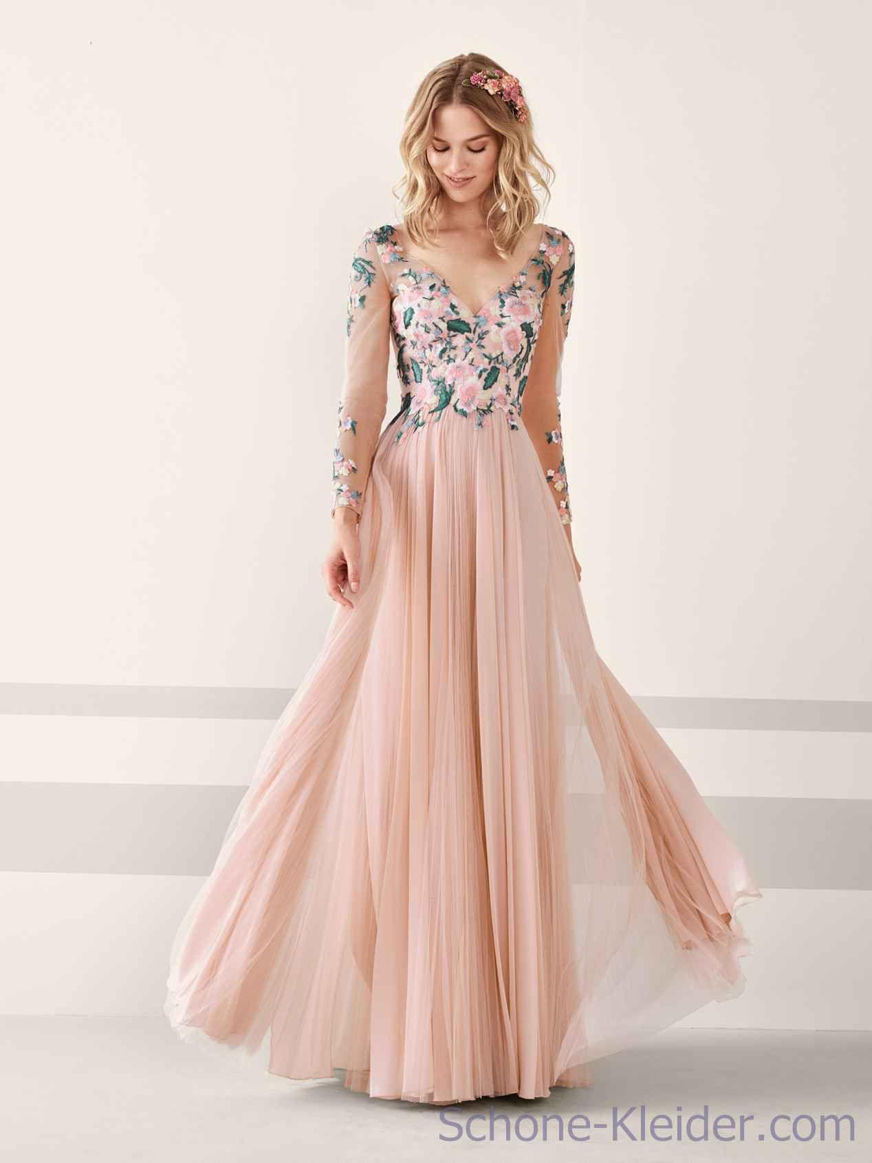 Pronovias abendkleider sale  Stilvolle Jugendkleidung