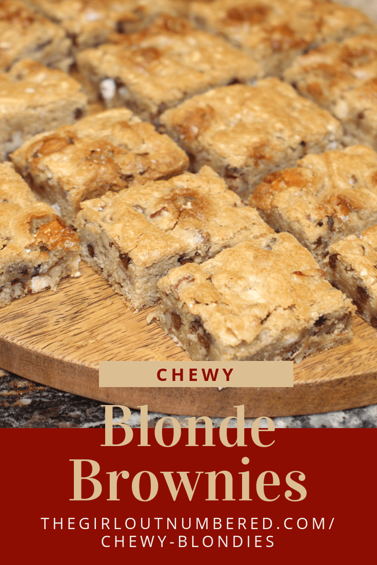 The BEST Blondies - Mom On Timeout  |Chewy Blondie Recipe