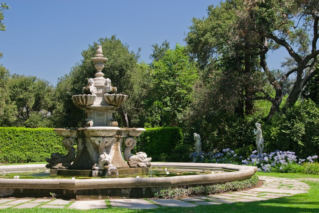 Fountain, North Vista Lawn, Huntington Library, San Marino