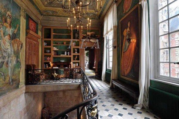 Typical Place Des Vosges Apartment Daniel Feau Conseil Immobilier