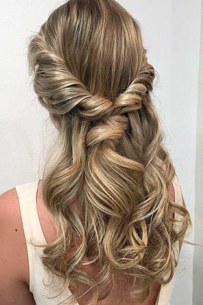 15 Elegant Prom Hairstyles Down Lovehairstyles Com Prom Hair Down Hair Styles Simple Prom Hair