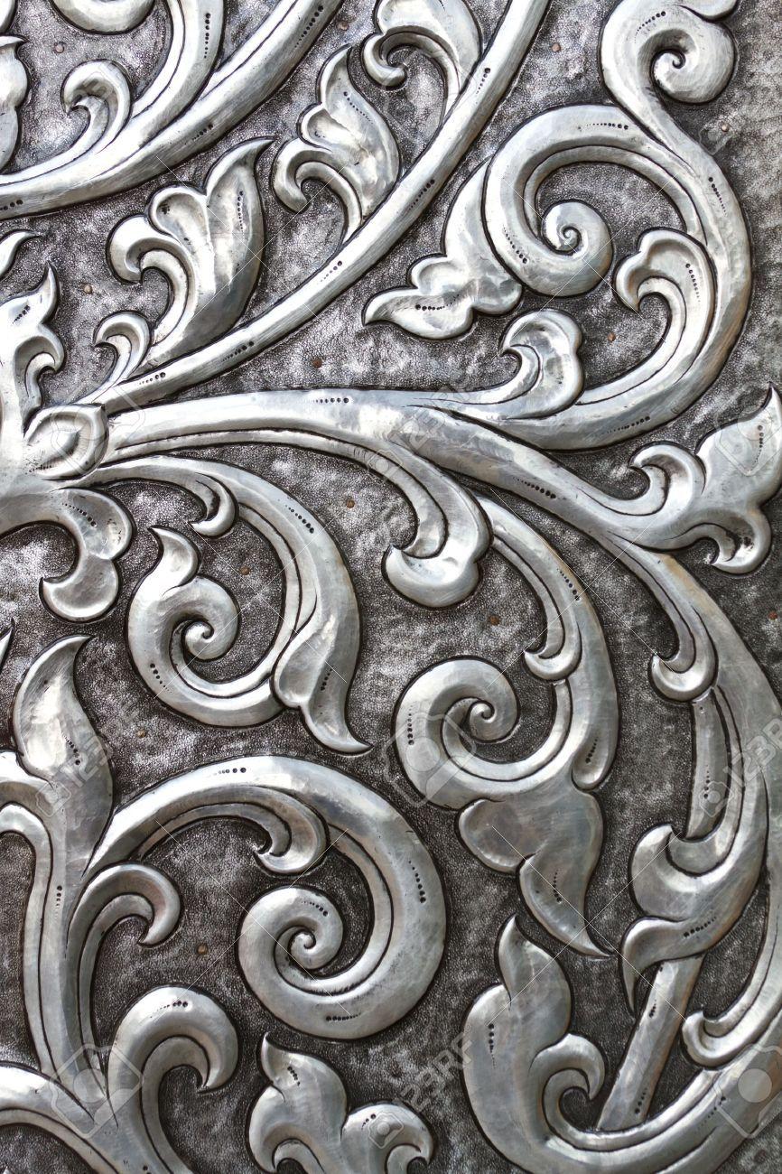 11645178-metal-embossed-silver-door-Stock-Photo-blacksmith.jpg (866×1300)