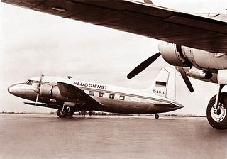 Die ersten drei Maschinen von Condor, damals noch Deutsche Flugdienst, waren vom Typ Vickers 610 Viking 1B. Der Stückpreis der gebrauchten Flugzeuge lag übrigens bei 310.000 DM. www.condor.com