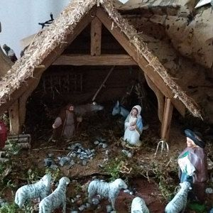 Nativity scene made of wood Noëlla with ladder and attic