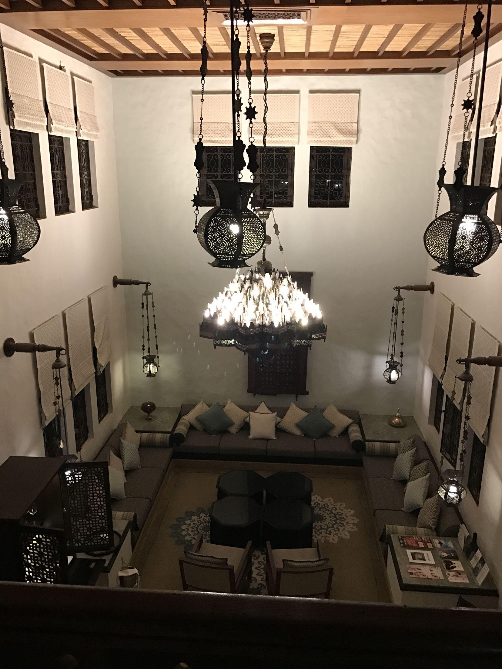 Fantastic Villa Courtyard @ jumeirah dar al masyaf