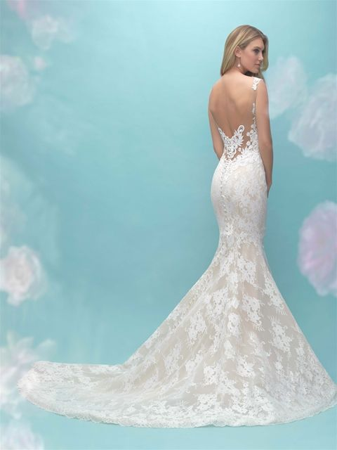 Style 9464 Highlight The Texture Of Our Unique Lace In