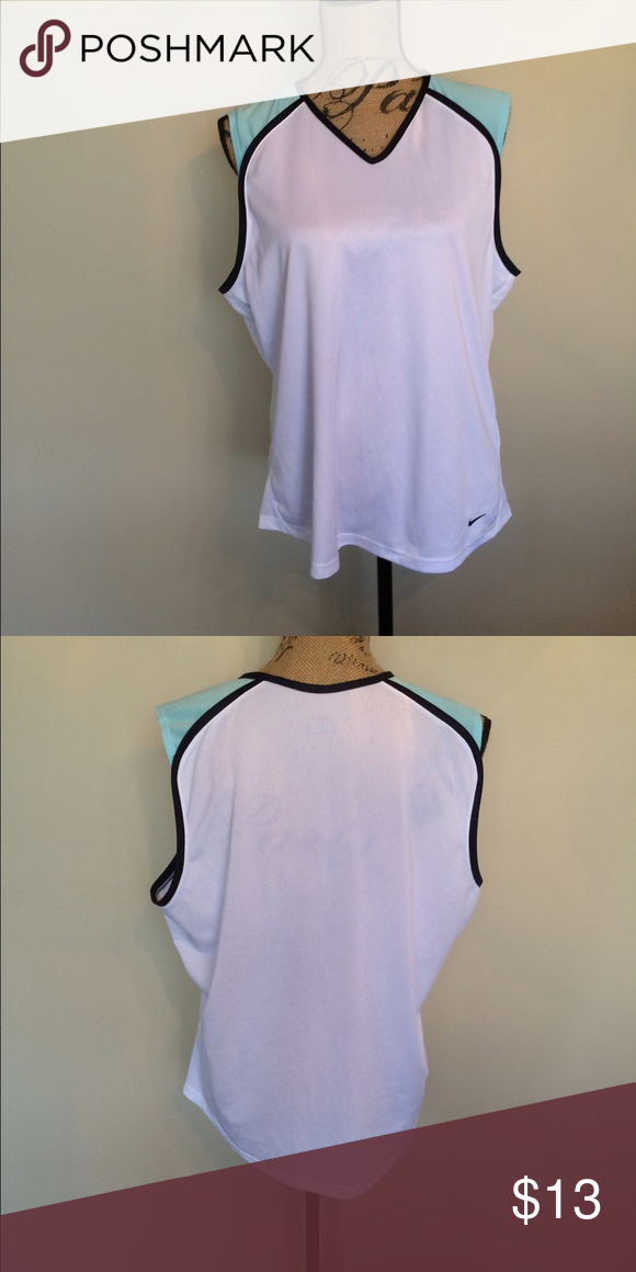 Nike sleeveless work out top white aqua & navy 🎉 Nike 🎉 Size XL 🎉 Only worn once 🎉 Please ask for additional pictures, measurements, or ask questions before purchase. 🎉 No trades or other apps 🎉 Ships next business day, unless noted in my closet  🎉 Bundle for discount Nike Tops