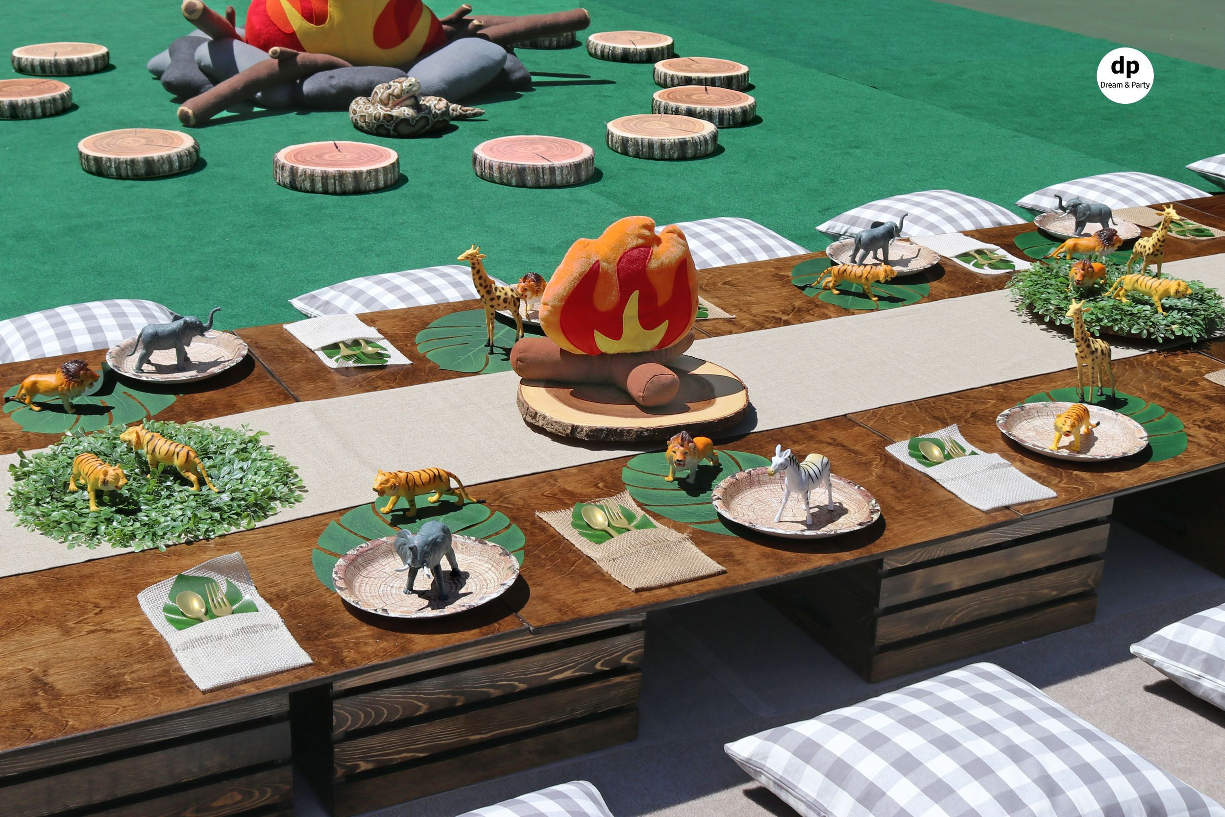 Safari Themed Party Safari Party Decorations Safari Theme Party Safari Birthday Party