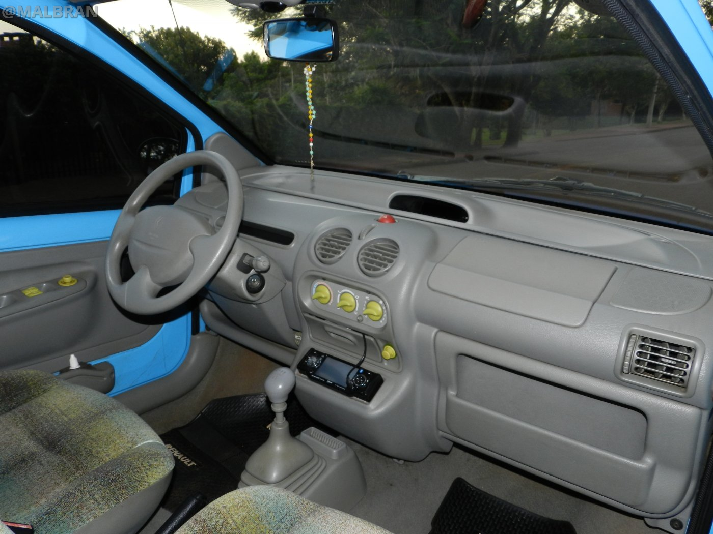 renault twingo auto car automovil tuning modificado azul blue celeste interior. Black Bedroom Furniture Sets. Home Design Ideas