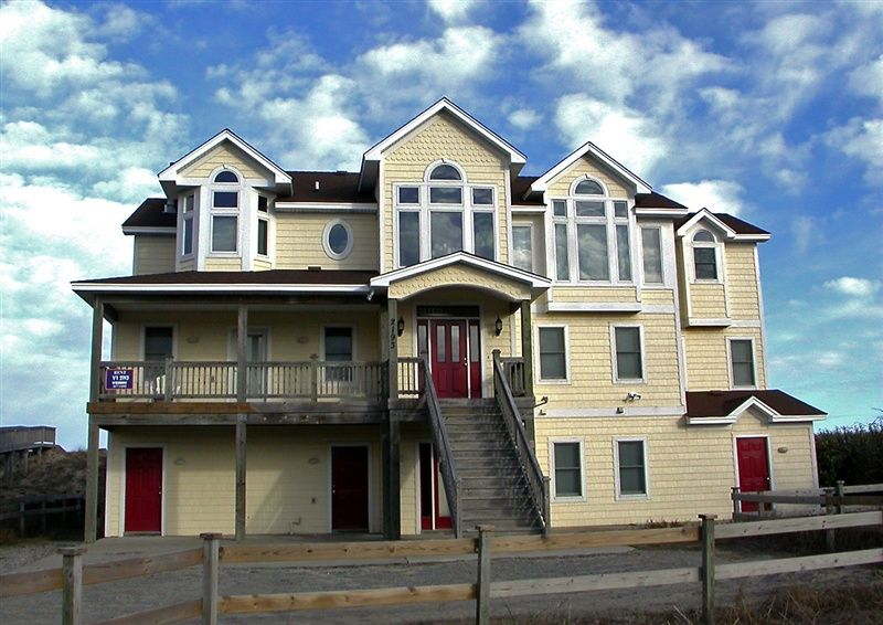 Twiddy outer banks vacation home morgans reach 4x4 oceanfront 9 bedrooms