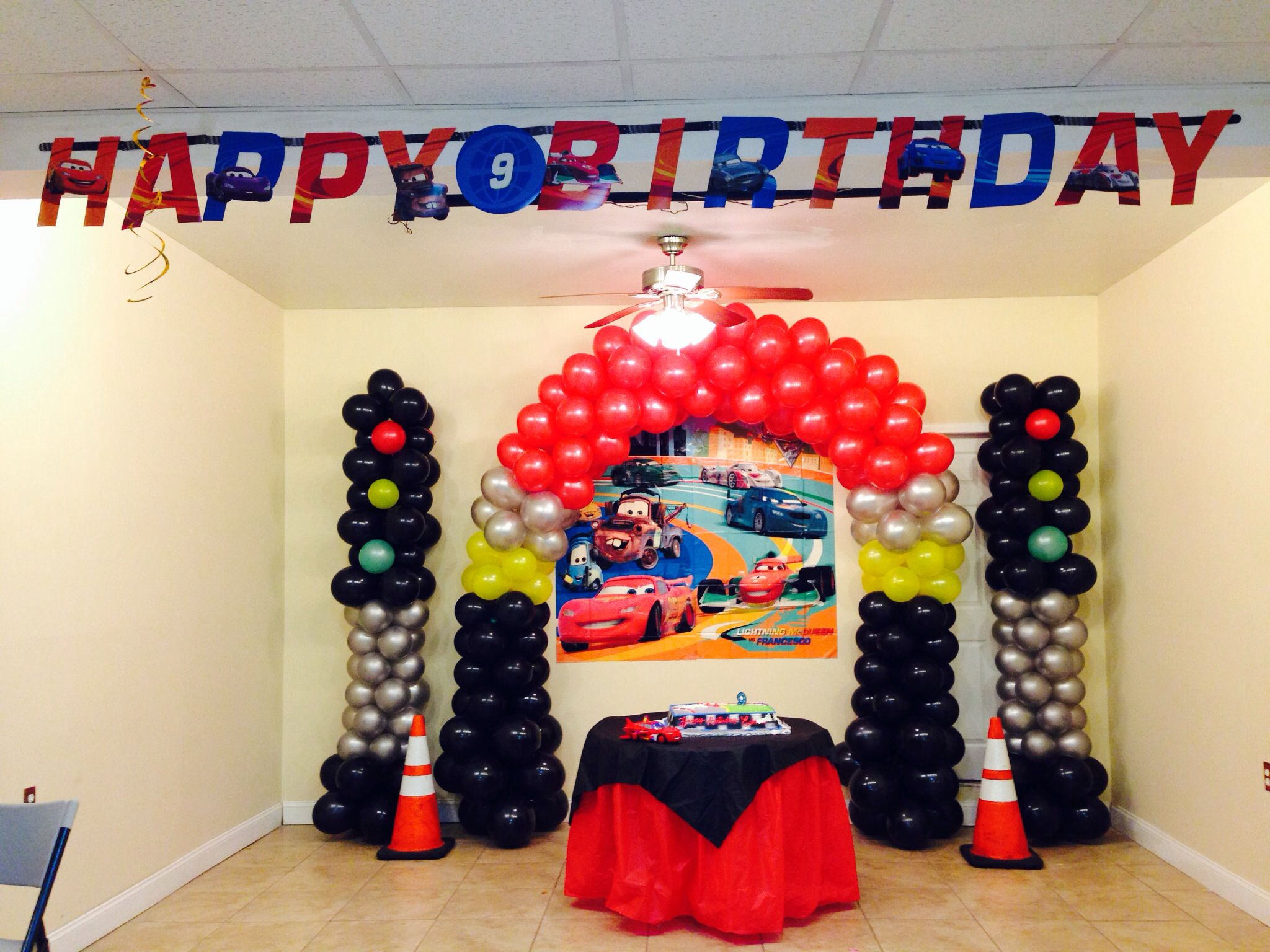 Cake Table Background Disney Pixar Cars Disney Pixar