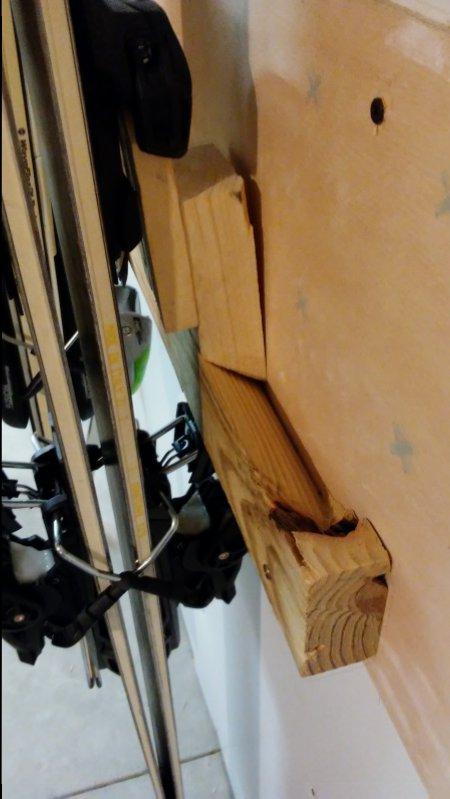 Talic Double Ski Storage Rack