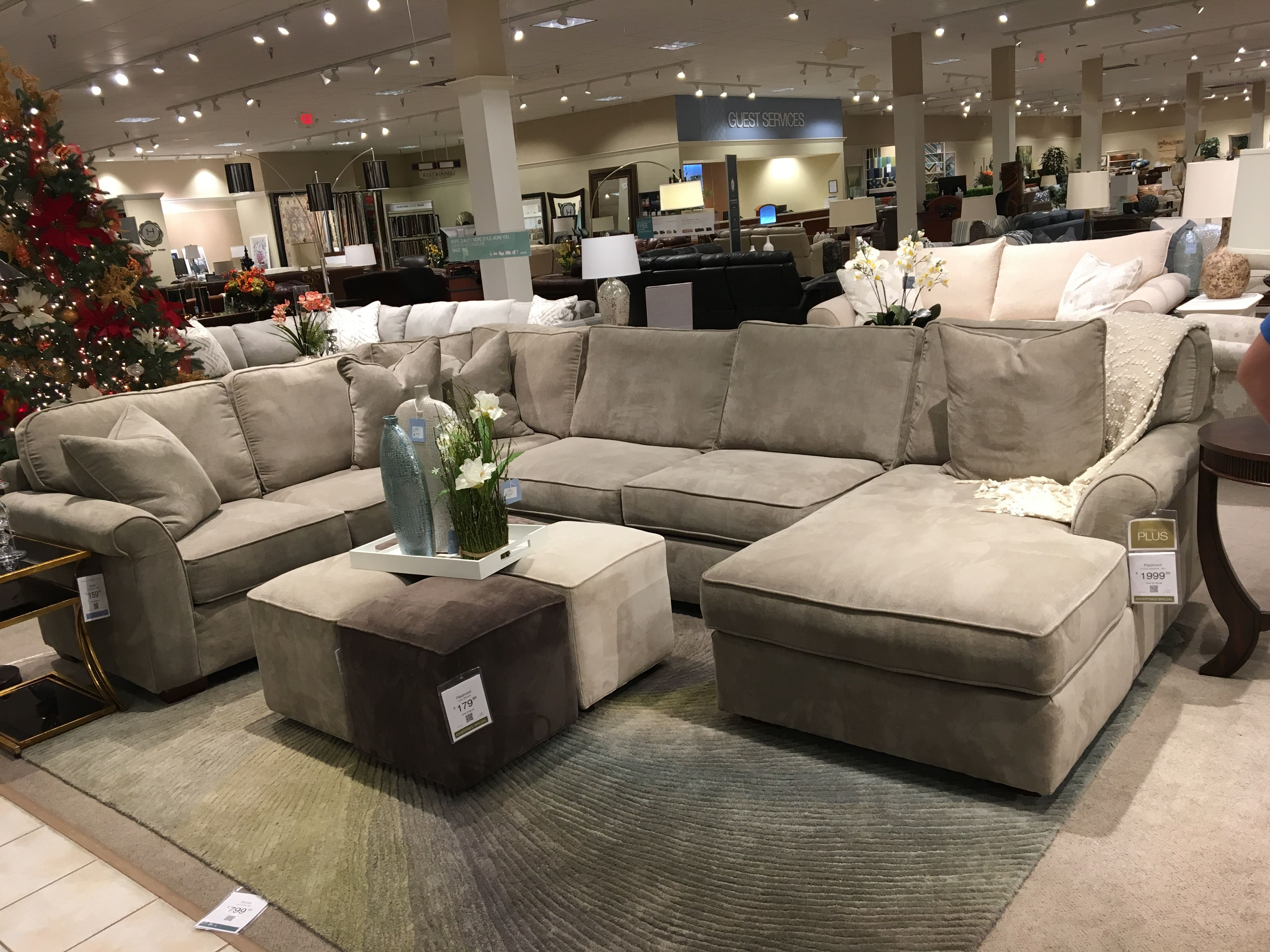 Havertys Gray Sectional Yrs Please