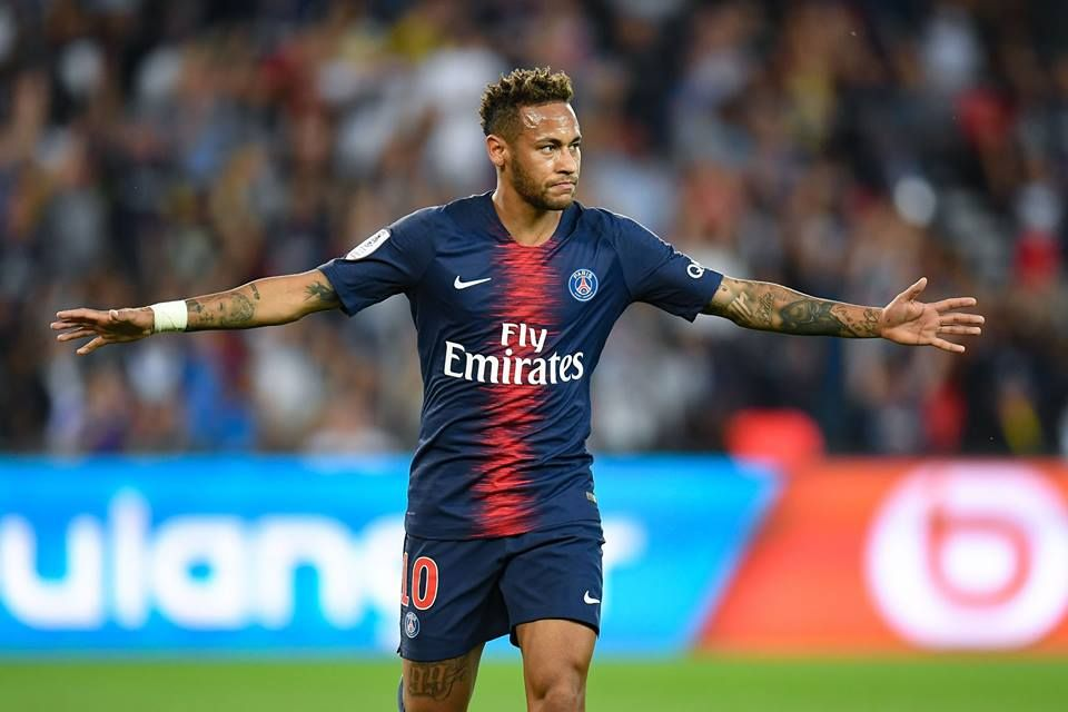 Best Football Skills 2018 19 7 Neymar Best Football Skills Football