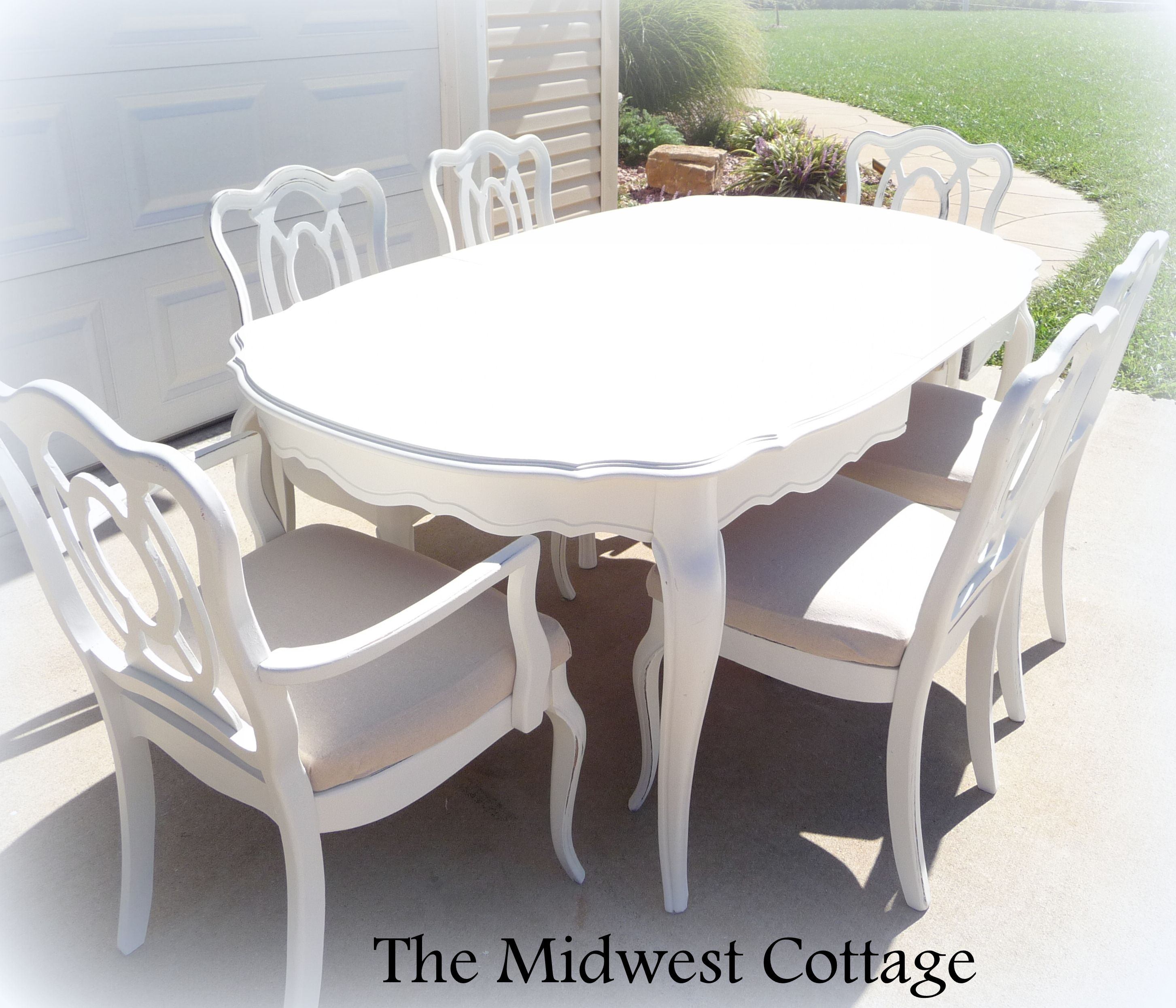 Custom painted dining table and chairs by - Vieille table en bois ...